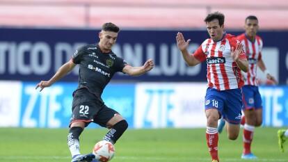 Atlético San Luis arranca con todo y mete a Bravos en su media cancha con un ataque constante.