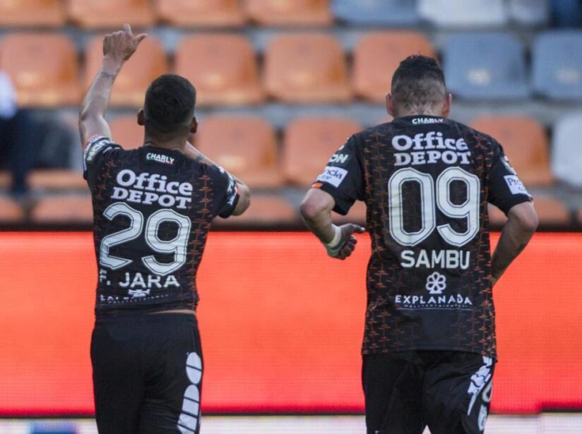 Pachuca vs Puebla, 1.jpg