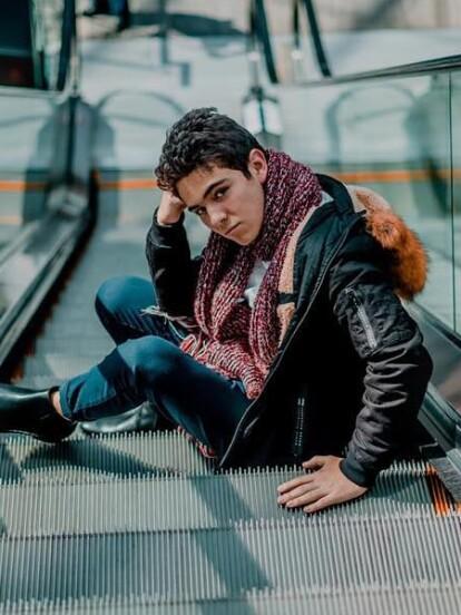 Joaquín Bondoni continúa triunfando y el pasado 4 de noviembre compartió la portada que realizó para la revista 'Impacto 21 Vida universitaria', convirtiéndose en tendencia en redes sociales, en especial en Twitter gracias a sus seguidores.