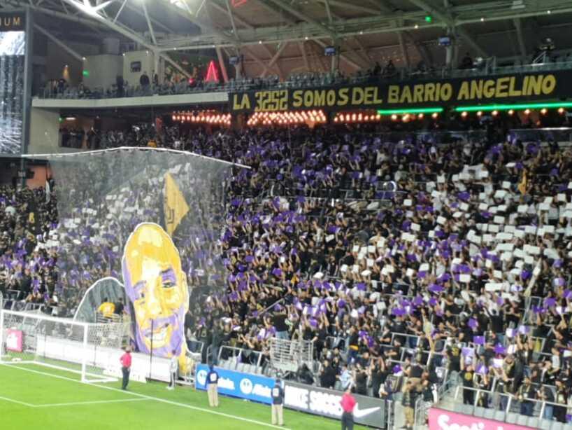 LAFC Homenaje a Kobe, 4.jpeg