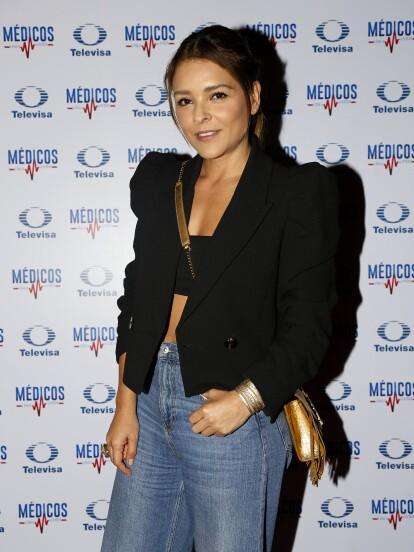 """Grettell Valdez y el elenco de """"Médicos Línea de Vida"""" arribó a un restaurante de la Ciudad de México para ver el gran final de la telenovela."""