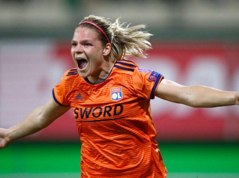 Wolfsburg v Lyon - UEFA Women's Champions League: Quarter Final Second Leg