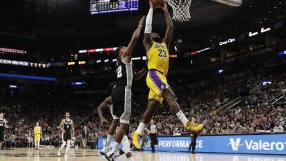 San Antonio Spurs 104-114 Los Angeles Lakers