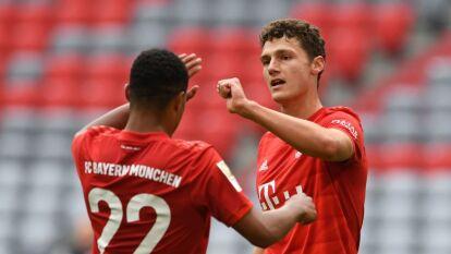 Con un autogol, doblete de Lewandoski y goles de Alphonso Davies y Benjamin Pavard, el Bayern Múnich paso por encima del Fortuna Dusseldorf con un contundente 5-0.