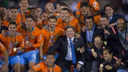 Las Águilas realizaron la hazaña 45 años después y se coronaron campeones de la Copa MX al derrotar a los fronterizos con un gol de Emanuel Aguilera.
