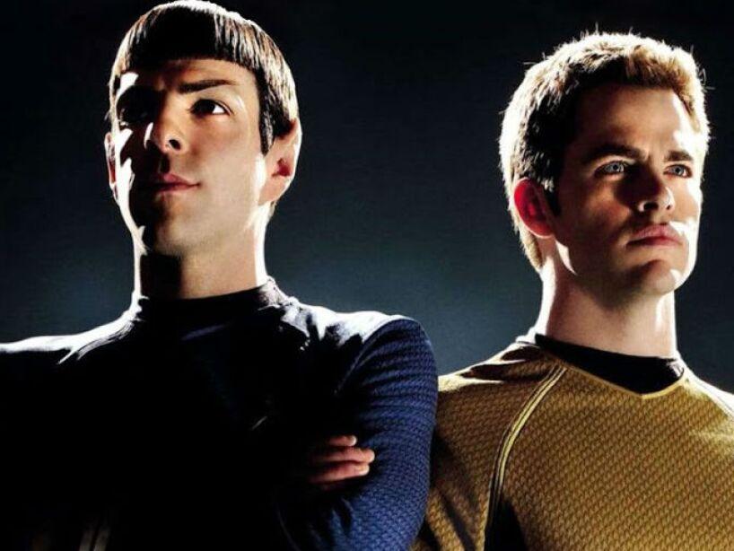Star Trek Into Darkness es una película de acción y ciencia ficción dirigida por J. J. Abrams, ¡super geek!