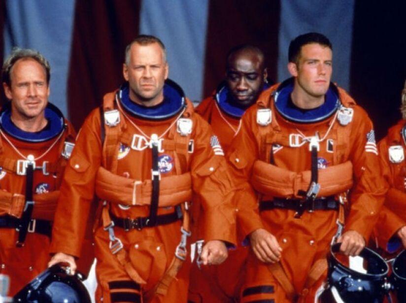 Armageddon es una película de ciencia ficción de 1998, cuyo guión fue escrito por J.J. Abrams.