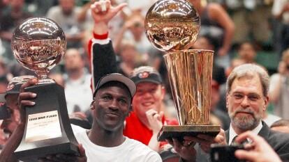 Los 'reyes' de las finales de la NBA | Phil Jackson lidera el selecto grupo al que se une Erik Spoelstra, entrenador del Miami Heat.