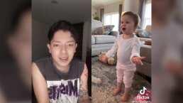 El Chino se avienta una platicadita con un bebé y el resultado es simplemente adorable