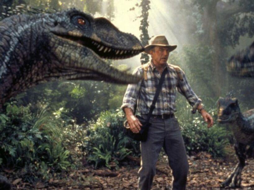 Te damos un tour por el Parque Jurásico y sus bestias prehistóricas, favor de no alimentar a los animales...