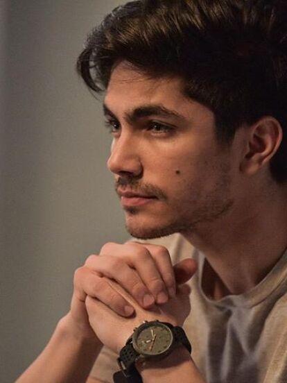 Sian Chiong es un actor que forma parte de la telenovela 'La Mexicana y El Güero', que se estrenará el 17 de agosto a las 8:30 de la noche. A continuación, te presentamos la trayectoria artística de esta joven promesa de la actuación.