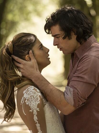 En 'Quererlo Todo', 'Valeria' está a punto de casarse con 'Leonel', pero 'Mateo' no está dispuesto a permitirlo. Ve en imágenes lo que ocurrió en tu telenovela favorita.