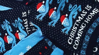 ¿Listo para la Navidad? Una marca inflesa diseñó diversos suéteres para vestir en ela época.