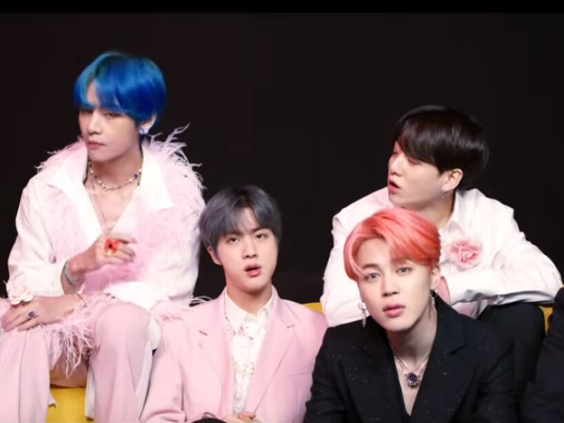 Los looks y estilo del video de BTS y Halsey