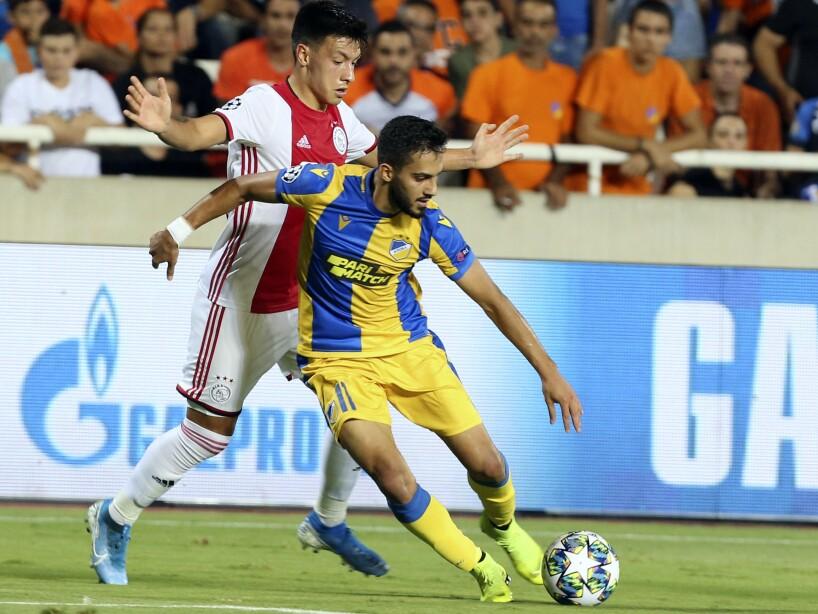 Ajax empató 0-0 ante el APOEL en la Ida de los Play-offs de Champions League.