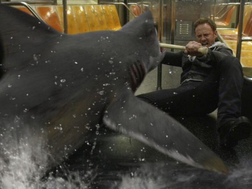 Sin duda Sharknado fue la responsable de poner los tiburones de moda, ¡ya hasta una secuela tiene!