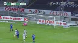 ¡Falla el penal! 'Cabecita' Rodríguez se pierde de forma increíble un gol