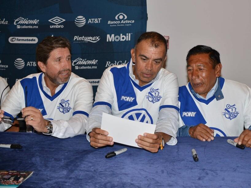 Puebla reunió a exjugadores que fueron parte de la época del 'campeonísimo' (89-90); convivieron con aficionados.