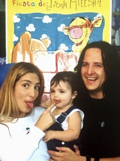 La familia Palomo Ricco está de fiesta. Y es que, el pasado lunes 12 de octubre, Fiona, la primogénita del actor Eduardo Palomo y de su esposa, la también actriz Carina Ricco, cumplió 22 años. A continuación, te mostramos cómo ha crecido.