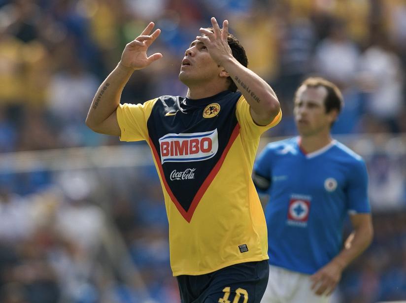 Salvador Cabañas, 18.png