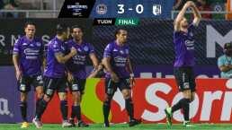 Resumen | Mazatlán se hizo fuerte y desplumó a Querétaro por 3-0