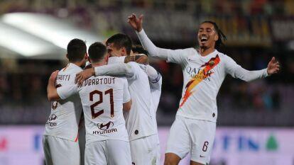 Roma golea a la Fiorentina con goles de E. Dzeko, A. Kolarov, L. Pellegrini y N. Zaniolo llevándose los tres puntos, mientras que la Fiorentina está muy cerca del descenso.