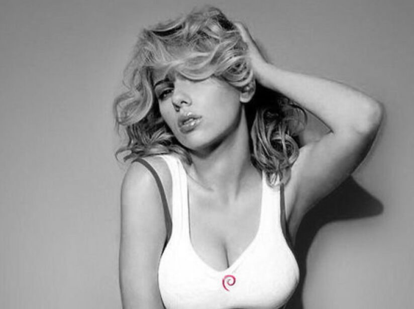 8. Scarlett Johansson: La despampanante actriz de The Avengers mide 1.63 metros. ¡Chiquita pero picosita!