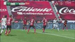 ¡Polémica! El árbitro no pita el penalti a favor de Querétaro