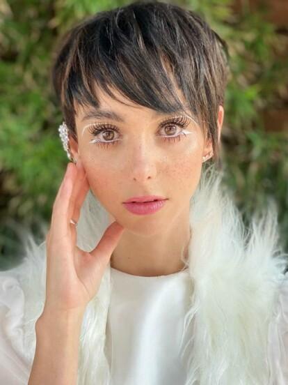 Natalia Téllez sorprendió a sus seguidores al lucir un radical cambio de imagen, pues lució un con el pelo más corto conocido como pixie. A continuación, te compartimos su radical transformación.
