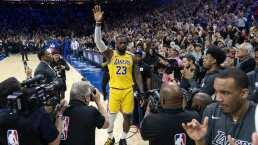 LeBron James supera a Kobe Bryant como el tercer mejor anotador de la NBA