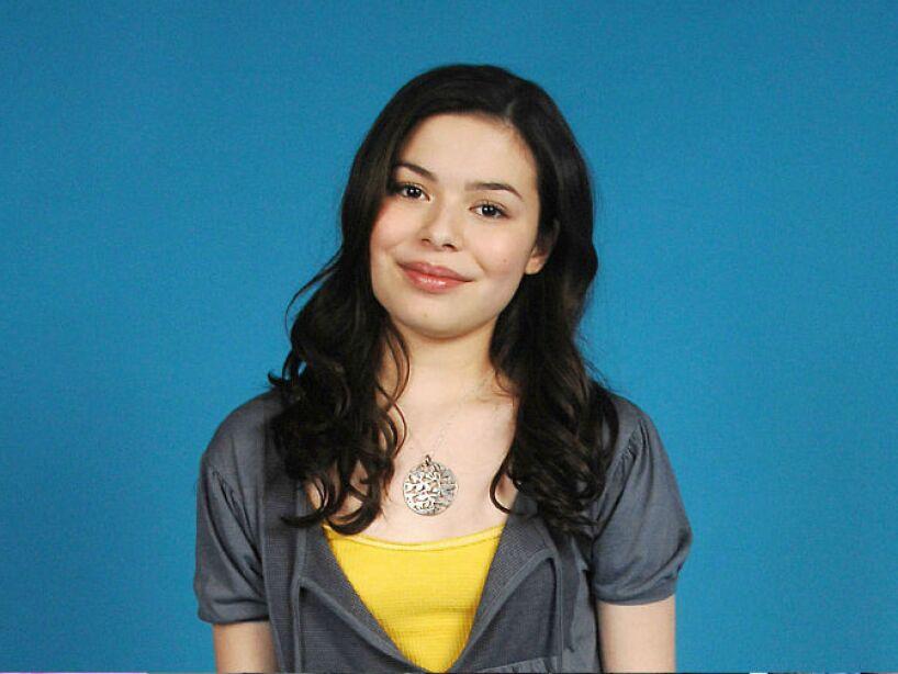 Miranda Taylor Cosgrove nació en Los Ángeles, California; el 14 de mayo de 1993.