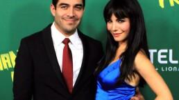 ¡Omar Chaparro y Martha Higareda se mancharon en Cuéntamelo ya!