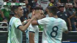 ¡'El Toro' entre tres! Lautaro Martínez adelanta a Argentina