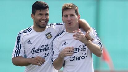 En una charla con un medio argentino, Sergio 'el Kun' Agüero habló desde lo más íntimo sobre su relación con Lionel Messi.