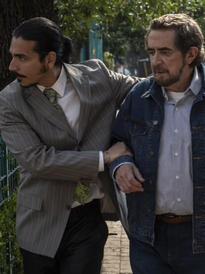En 'Vencer el Pasado', 'Don Camilo' (Manuel 'Flaco' Ibáñez) se topa con uno de los hombres de 'Don Zacarías', a quien le debe mucho dinero.