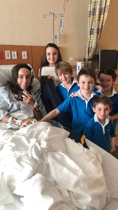 Inés Gómez Mont se recupera de su cirugía con la mejor compañía, su familia