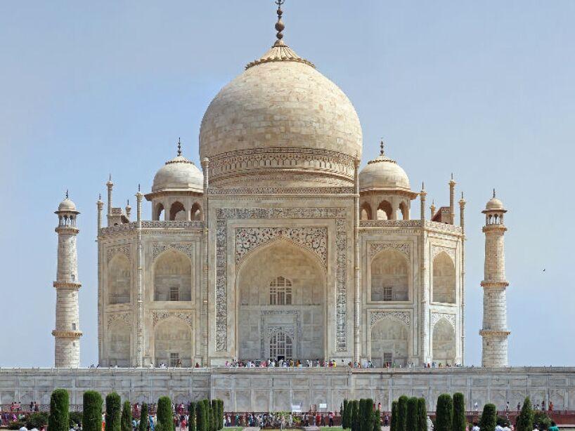 13. Palacio Taj Mahal (Mumbai): Dicen que es posible divisar el espíritu del constructor del hotel caminando por su tejado.