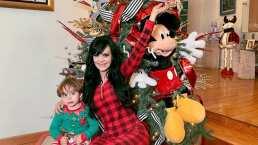 Nieto de Maribel Guardia aparece vestido de un lindo duende y listo para decorar el árbol de Navidad