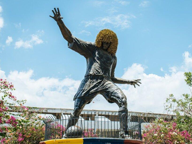 Estatua Valderrama.jpeg
