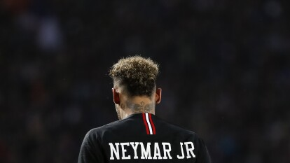 Neymar busca salir del PSG y tanto Real Madrid como Barcelona se perfilan como las alternativas para el brasileño.