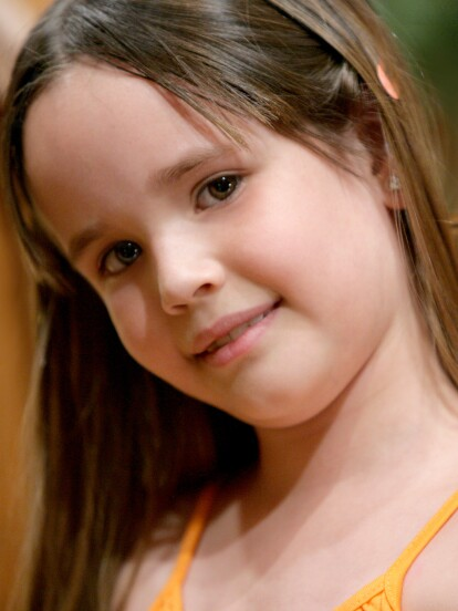 Una de las telenovelas que catapultó la carrera de Maite Perroni fue 'Cuidado con el ángel', la cual se estrenó hace 12 años y en la que actuó junto a William Levy. Sin embargo, uno de los personajes que más robó la atención fue el de 'Mayita', interpretado por la joven Saraí Meza.