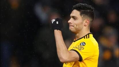 Los Wolverhampton Wanderers superaron 2-0 al modesto equipo de Irlanda del Norte Crusaders en el Estadio Molineaux, en la Ida de la Segunda Ronda de la clasificatoria a la UEFA Europa League.