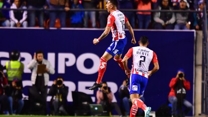 Con goles de Luis Reyes y Germán Berterame, Atlético San Luis gana y manda a Cruz Azul al fondo de la tabla.