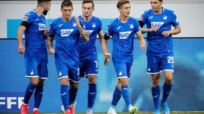 El Hoffenheim se queda con la victoria 3-1 sobre un Colonia que jugó la mayor parte del tiempo con 10 jugadores. Doblete de Baumgartner y uno más de Zuber y Kainz descontó para el Colonia.