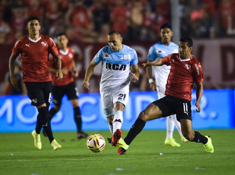 Independiente v Racing Club - Superliga 2018/19