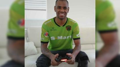 Fue autor de uno de los cinco tantos que anotó su equipo en un emocionante encuentro frente a Chivas.