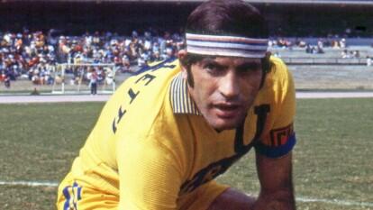 El jugador argentino nació en San Nicolás de los Arroyos, Argentina.