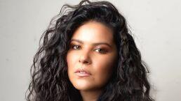 Litzy renueva sus canciones noventeras y sorprende con concierto online