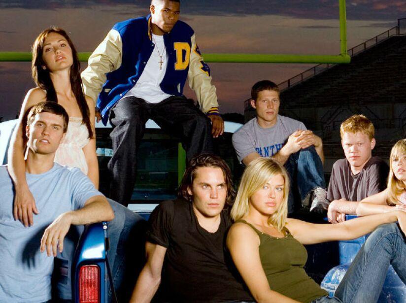 2. Friday Night Lights: Cinco temporadas (2006 a 2011). Los habitantes de una pequeña ciudad tejana viven el deporte como si fuera una religión.