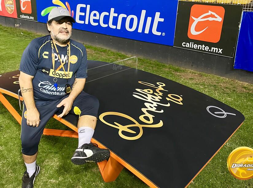 5 Maradona.jpg